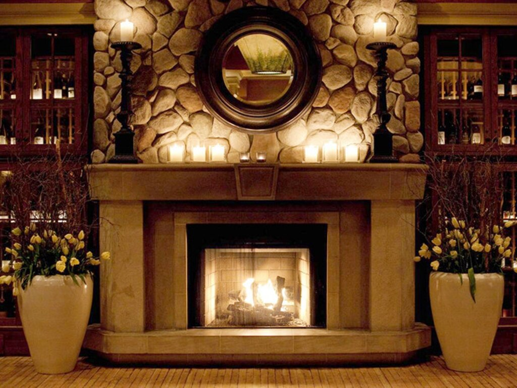 How to decorate a mantel how to decorate a christmas for How to decorate a fireplace for christmas