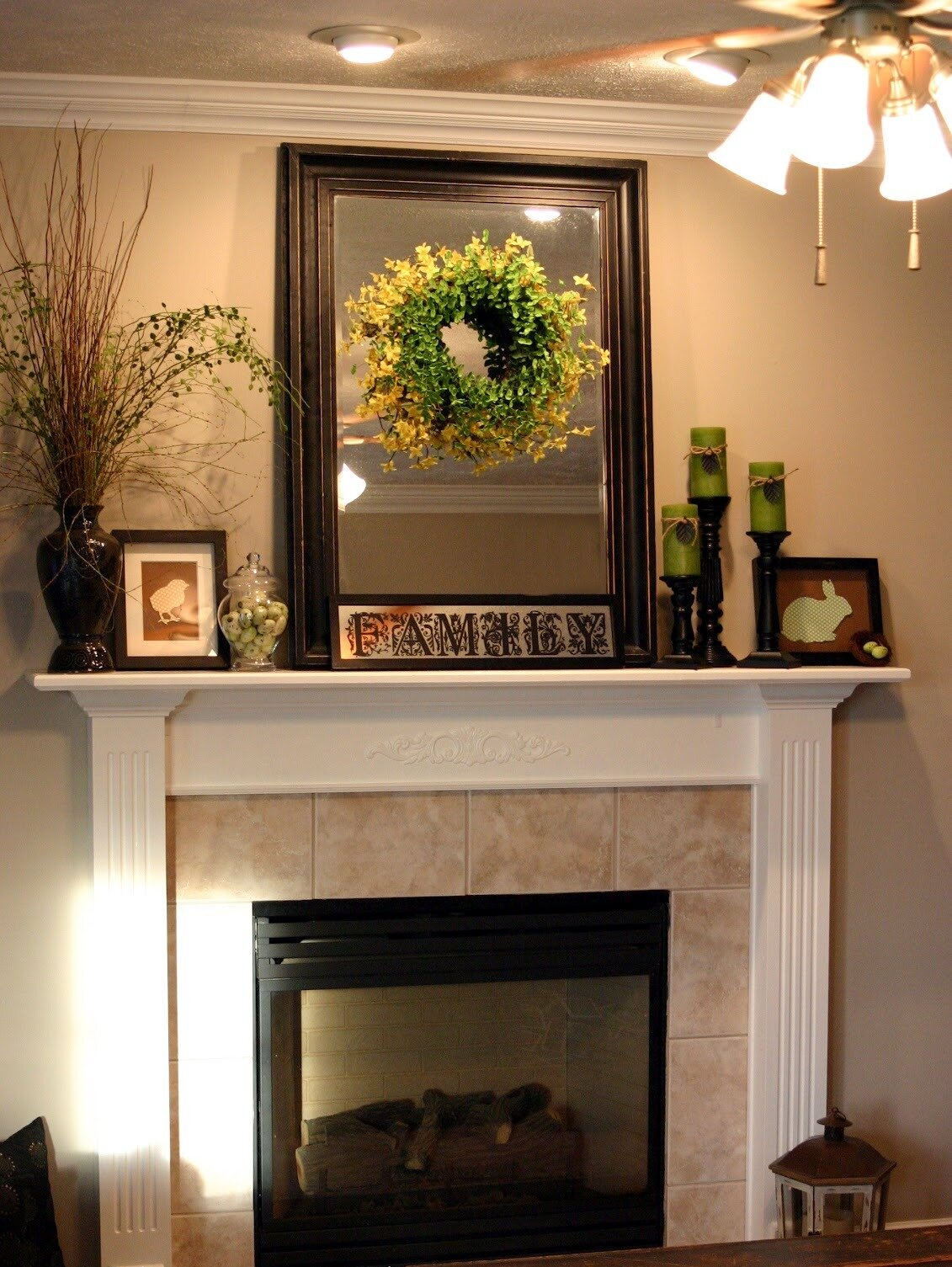 Fireplace fireplace mantel decor decorative fireplace for How to decorate a fireplace for christmas