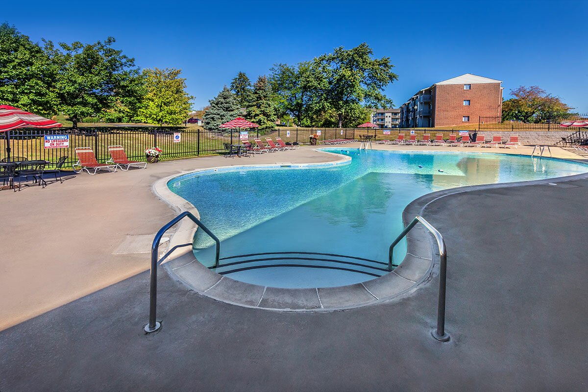 Apartments in 30093 | Second Chance Apartments in Norcross Ga | Oakbrook Pointe Apartments