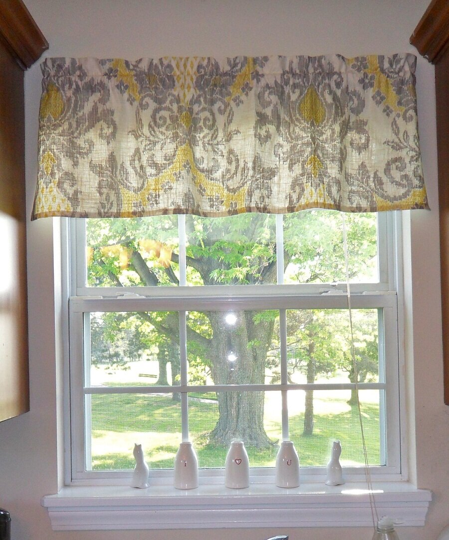 Living Room Valances | Valance Window Curtains | Country Valances for Living Room