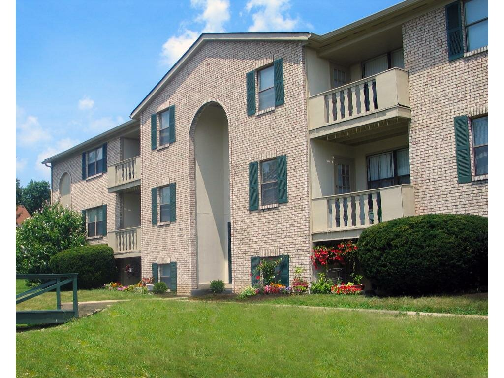 Second Chance Apartments in Lawrenceville Georgia | Aprt for Rent | Oakbrook Pointe Apartments